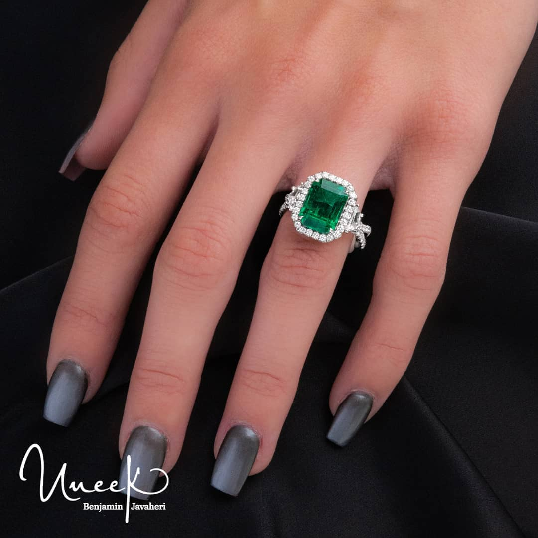 Going Green: 5 Emerald Pieces We're Loving RIght Now